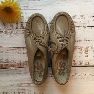 SAS Genuine Handsewn Leather Shoes Women's 7.5
